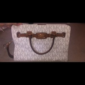 Michael Kors Medium/Large size Bag